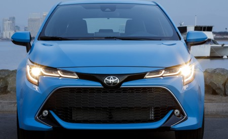 2019 Toyota Corolla Hatchback Front Wallpapers 450x275 (32)
