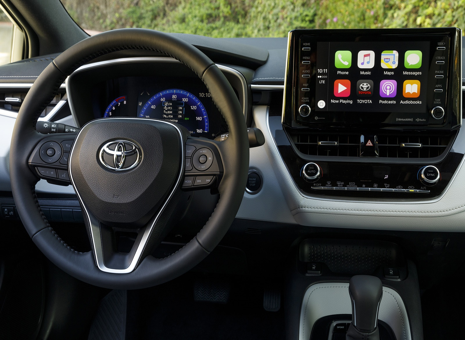 2019 Toyota Corolla Hatchback Interior Detail Wallpapers #46 of 75