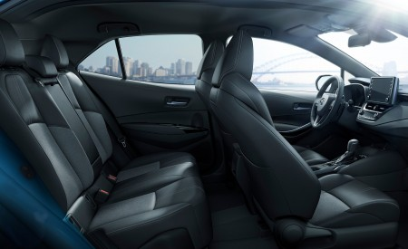 2019 Toyota Corolla Hatchback Interior Seats Wallpapers 450x275 (15)
