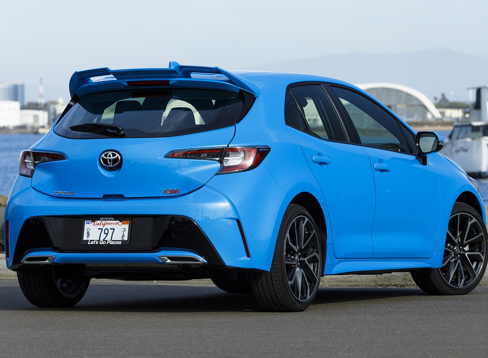 2019 Toyota Corolla Hatchback Rear Three-Quarter Wallpapers #31 of 75
