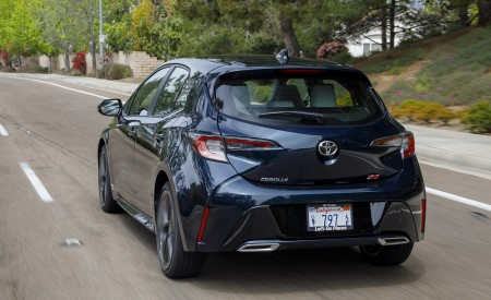 2019 Toyota Corolla Hatchback Rear Wallpapers 450x275 (52)