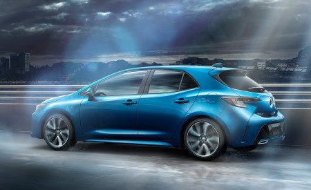 2019 Toyota Corolla Hatchback Side Wallpapers 450x275 (5)