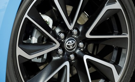 2019 Toyota Corolla Hatchback Wheel Wallpapers 450x275 (39)