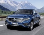 2019 Volkswagen Touareg Elegance Front Three-Quarter Wallpapers 150x120 (39)