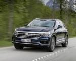 2019 Volkswagen Touareg Elegance Front Wallpapers 150x120 (33)