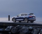 2019 Volkswagen Touareg Elegance Rear Three-Quarter Wallpapers 150x120 (48)