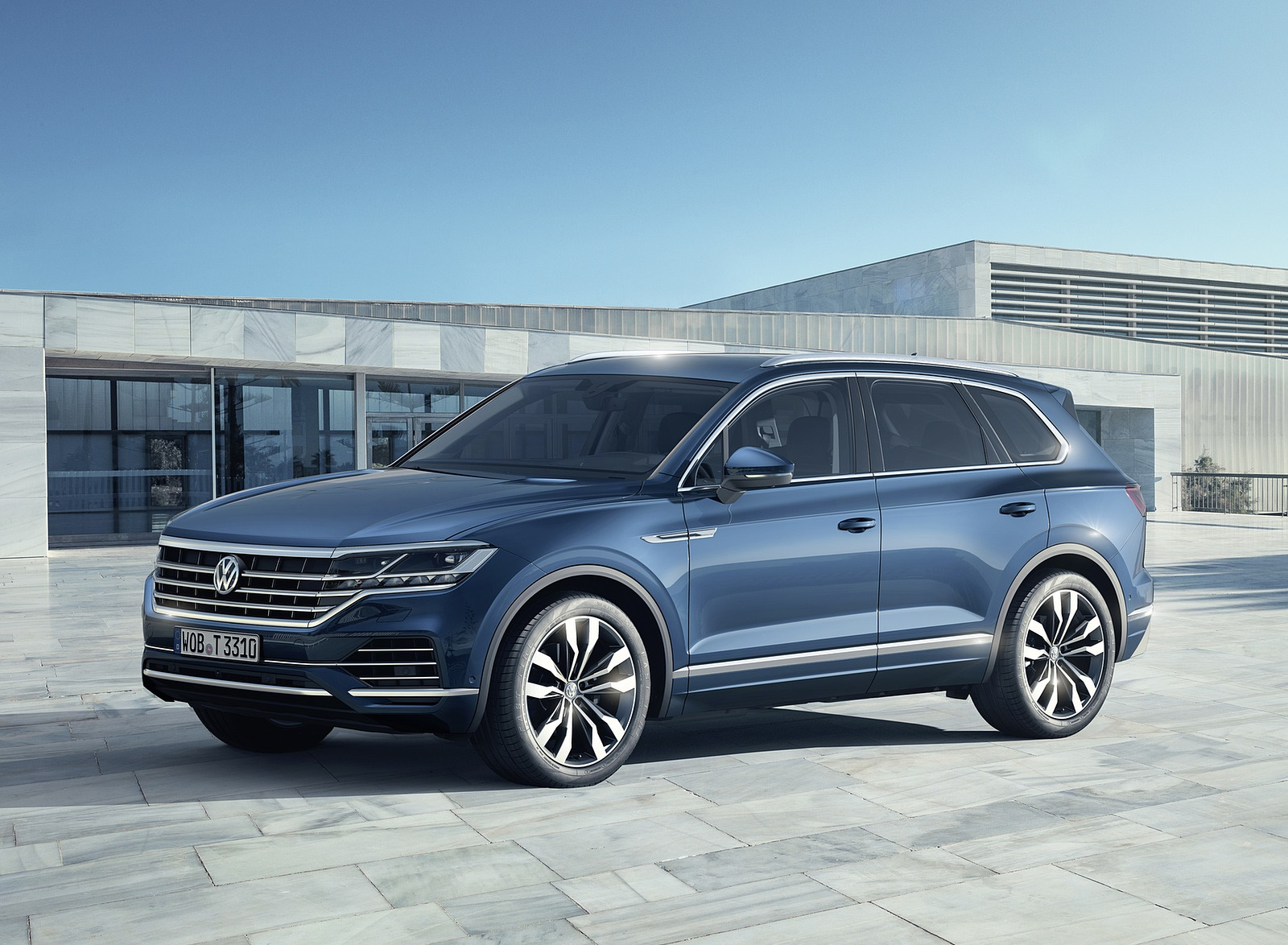 2019 Volkswagen Touareg Front Three-Quarter Wallpapers (10)