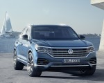 2019 Volkswagen Touareg Front Wallpapers 150x120 (11)