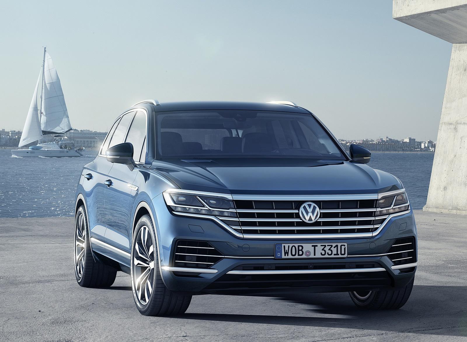 2019 Volkswagen Touareg Front Wallpaper (11)