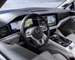 2019 Volkswagen Touareg Interior Detail Wallpapers 150x120 (28)
