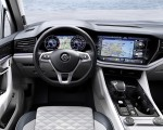 2019 Volkswagen Touareg Interior Wallpapers 150x120 (30)