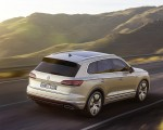 2019 Volkswagen Touareg Rear Three-Quarter Wallpapers 150x120 (22)