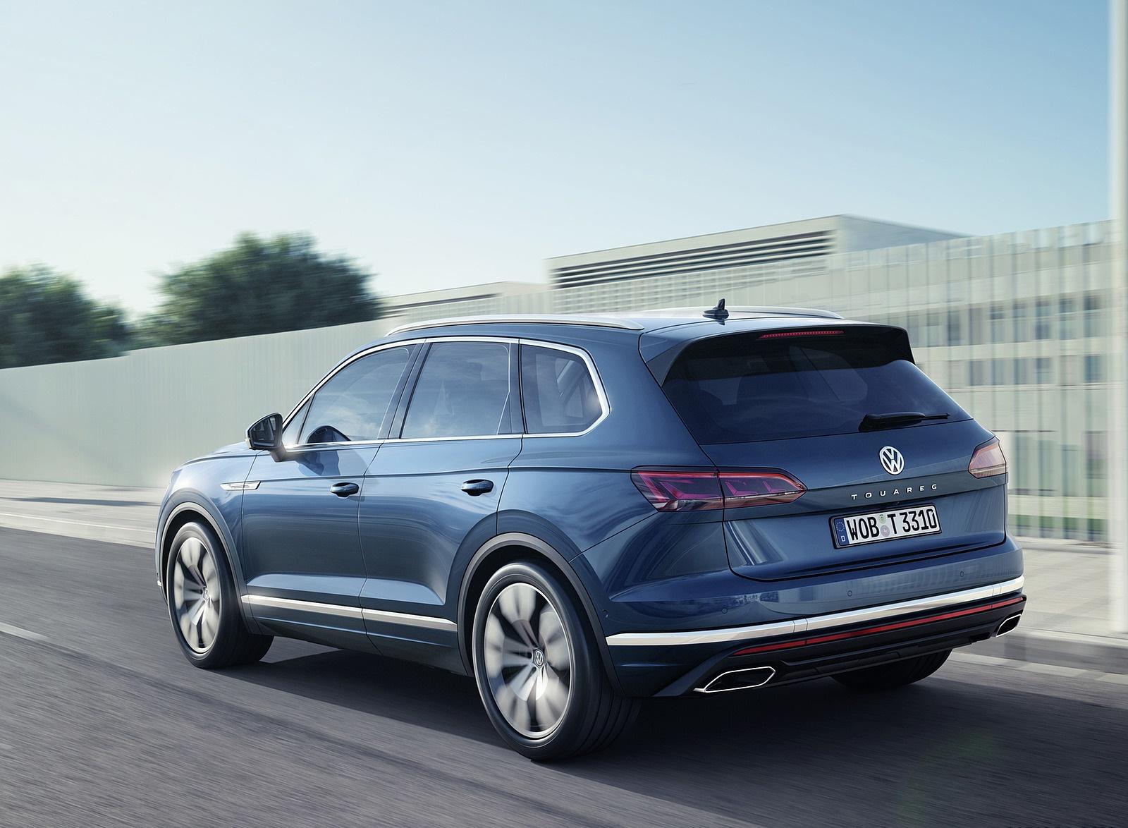 2019 Volkswagen Touareg Rear Three-Quarter Wallpaper (12)
