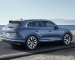 2019 Volkswagen Touareg Rear Three-Quarter Wallpaper 150x120 (13)