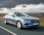 2019 Volvo S90 D4 Front Three-Quarter Wallpapers 150x120 (30)