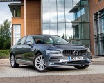 2019 Volvo S90 D4 Front Three-Quarter Wallpapers 150x120 (23)