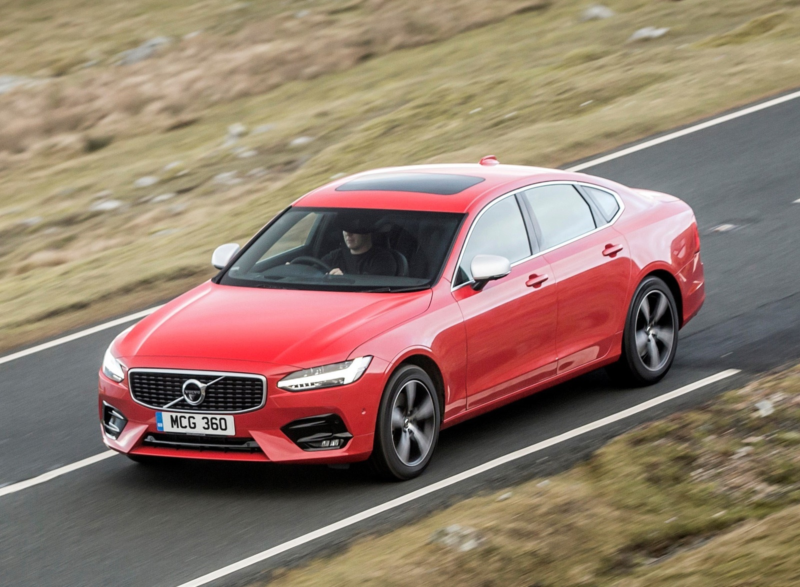 2019 Volvo S90 D5 Front Three-Quarter Wallpapers (9)