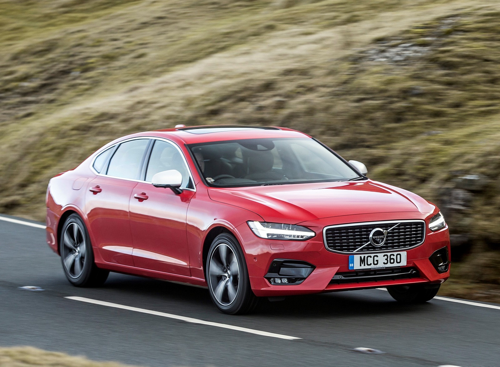 2019 Volvo S90 D5 Front Three-Quarter Wallpapers (4)