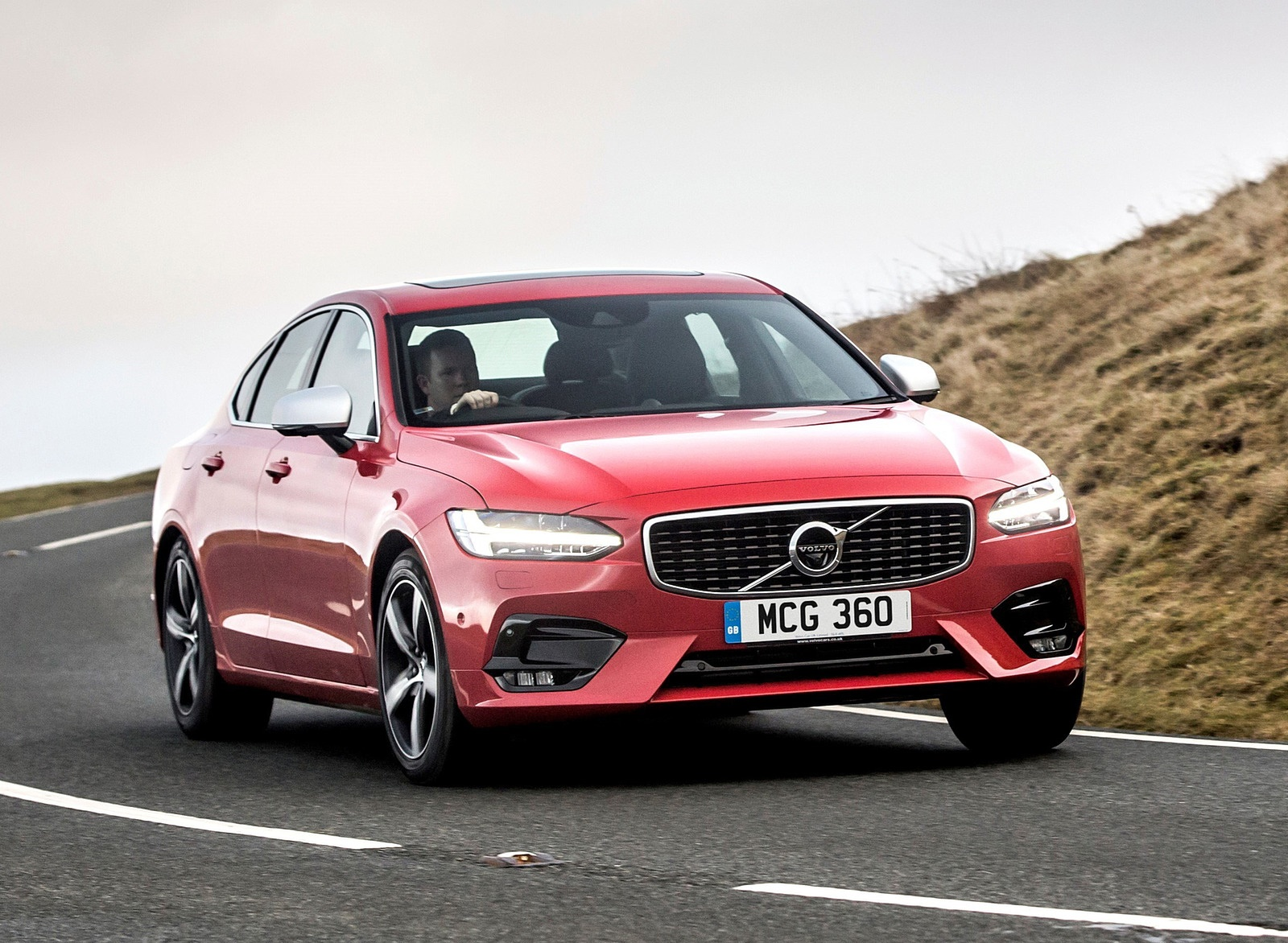 2019 Volvo S90 D5 Front Wallpapers (5)