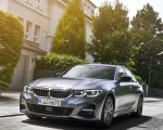 2020 BMW 330e Plug-in Hybrid Front Three-Quarter Wallpapers 150x120 (16)