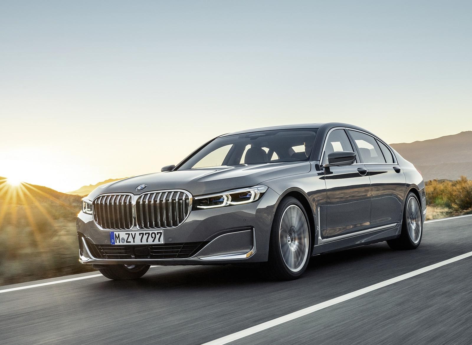 2020 BMW 7-Series 750Li Front Three-Quarter Wallpaper (2)