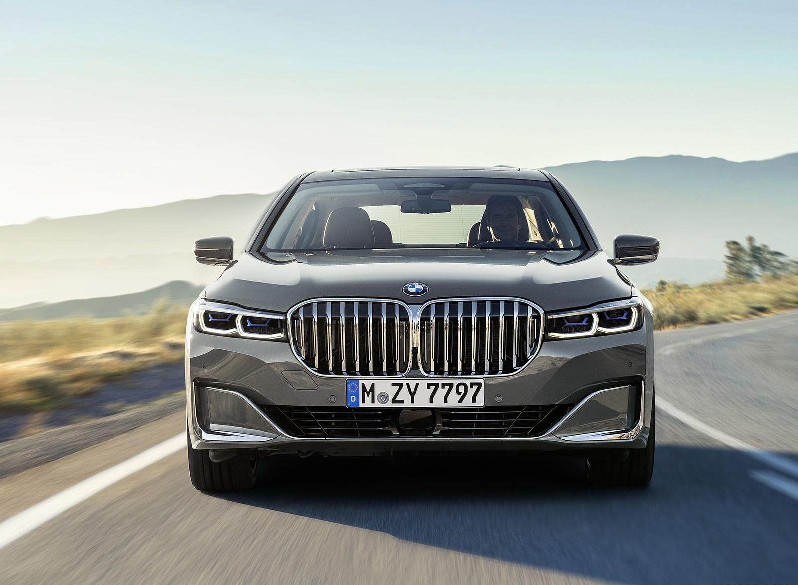 2020 BMW 7-Series 750Li Front Wallpaper (3)