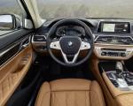 2020 BMW 7-Series 750Li Interior Wallpaper 150x120 (38)