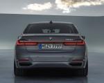 2020 BMW 7-Series 750Li Rear Wallpaper 150x120 (10)