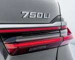 2020 BMW 7-Series 750Li Tail Light Wallpaper 150x120 (24)