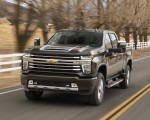 2020 Chevrolet Silverado 2500 HD High Country Front Three-Quarter Wallpaper 150x120 (2)