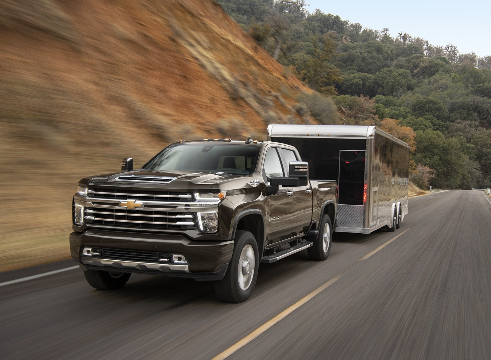 2020 Chevrolet Silverado 2500 HD High Country Front Wallpaper (1)