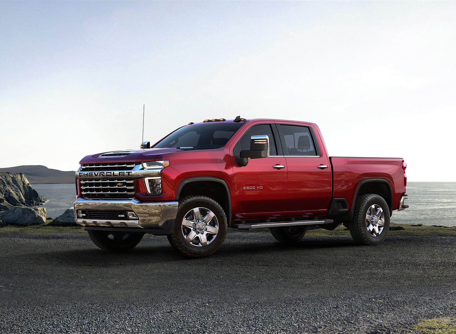 2020 Chevrolet Silverado 2500 HD LTZ Front Three-Quarter Wallpaper (10)