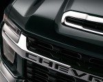 2020 Chevrolet Silverado HD Z71 Grill Wallpaper 150x120 (32)