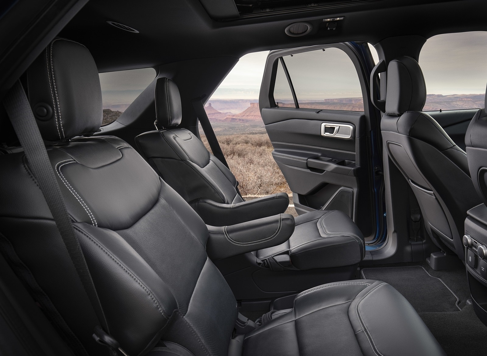 2020 Ford Explorer Interior Rear Seats Wallpaper
