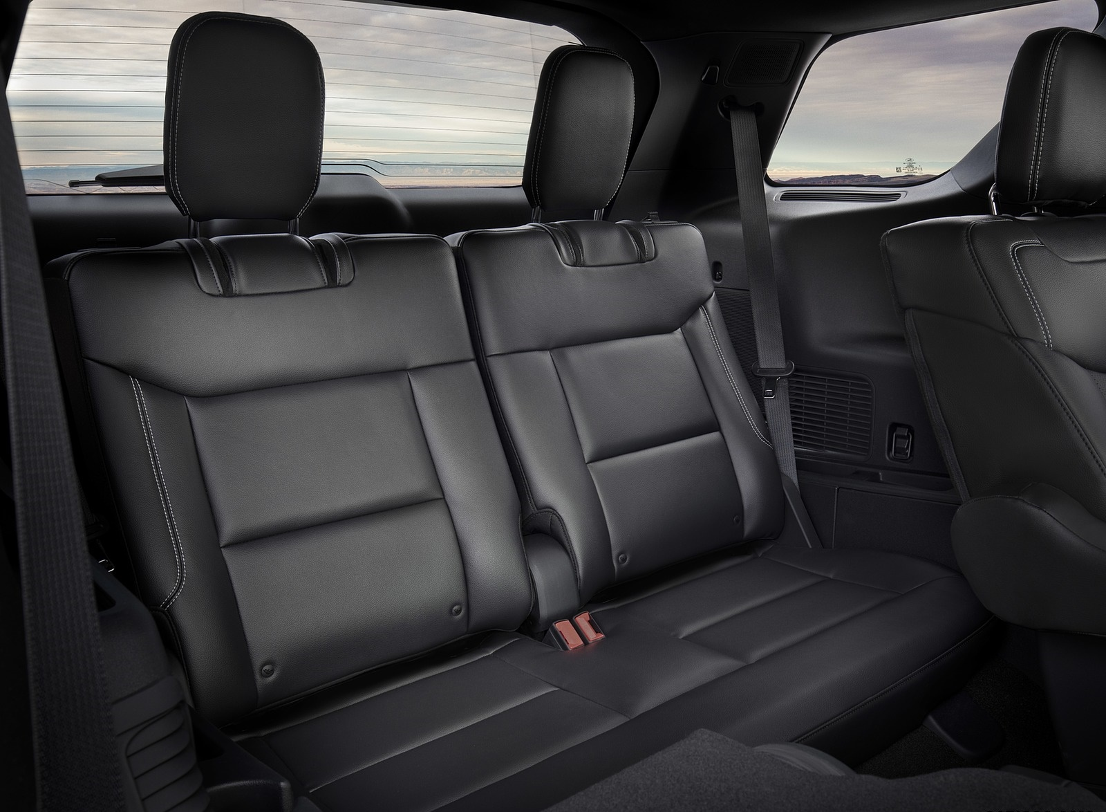2020 Ford Explorer Interior Third Row Seats Wallpapers (15)
