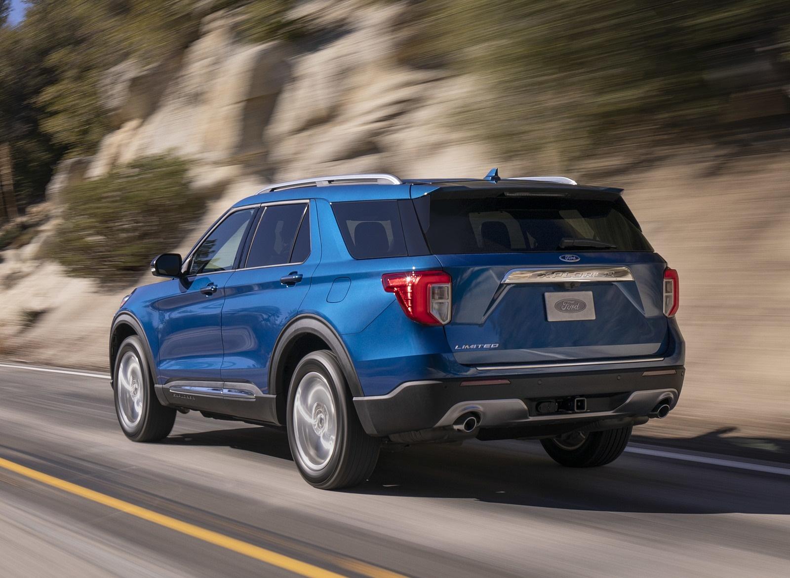 2020 Ford Explorer Rear Three-Quarter Wallpaper (2)