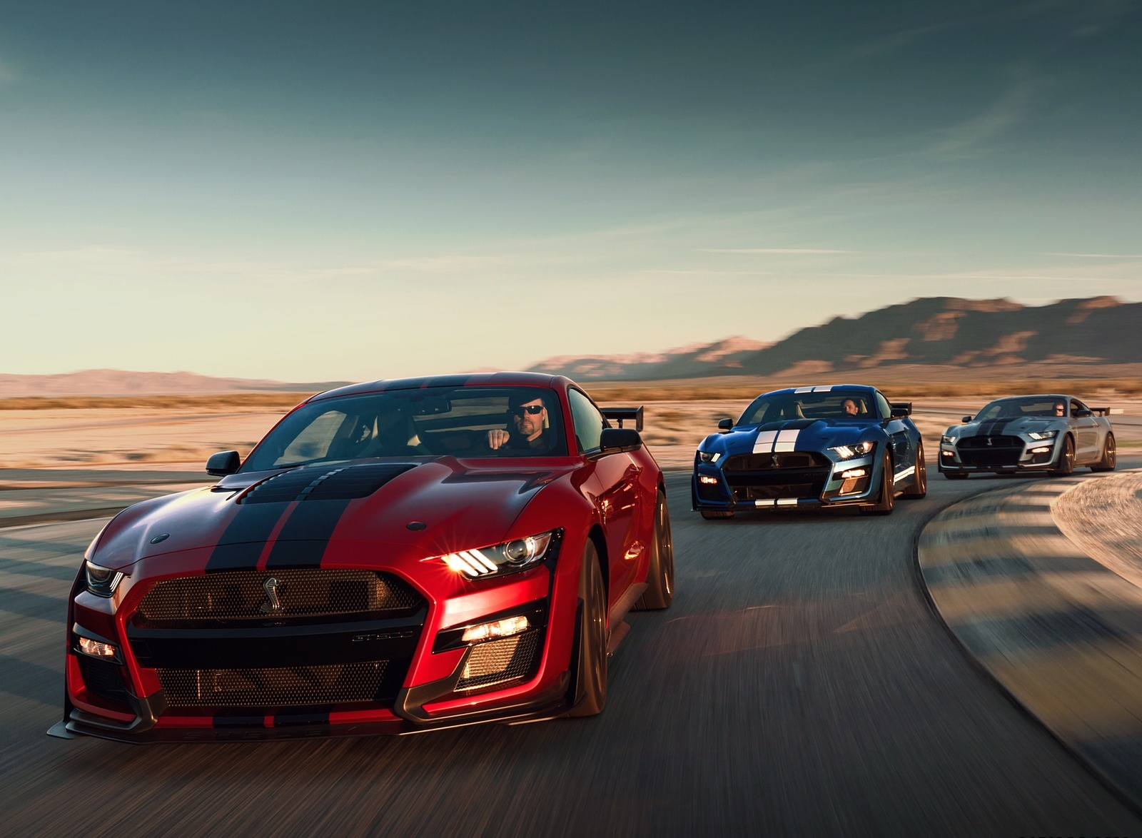 2020 Ford Mustang Shelby GT500 Front Three-Quarter Wallpapers (3)