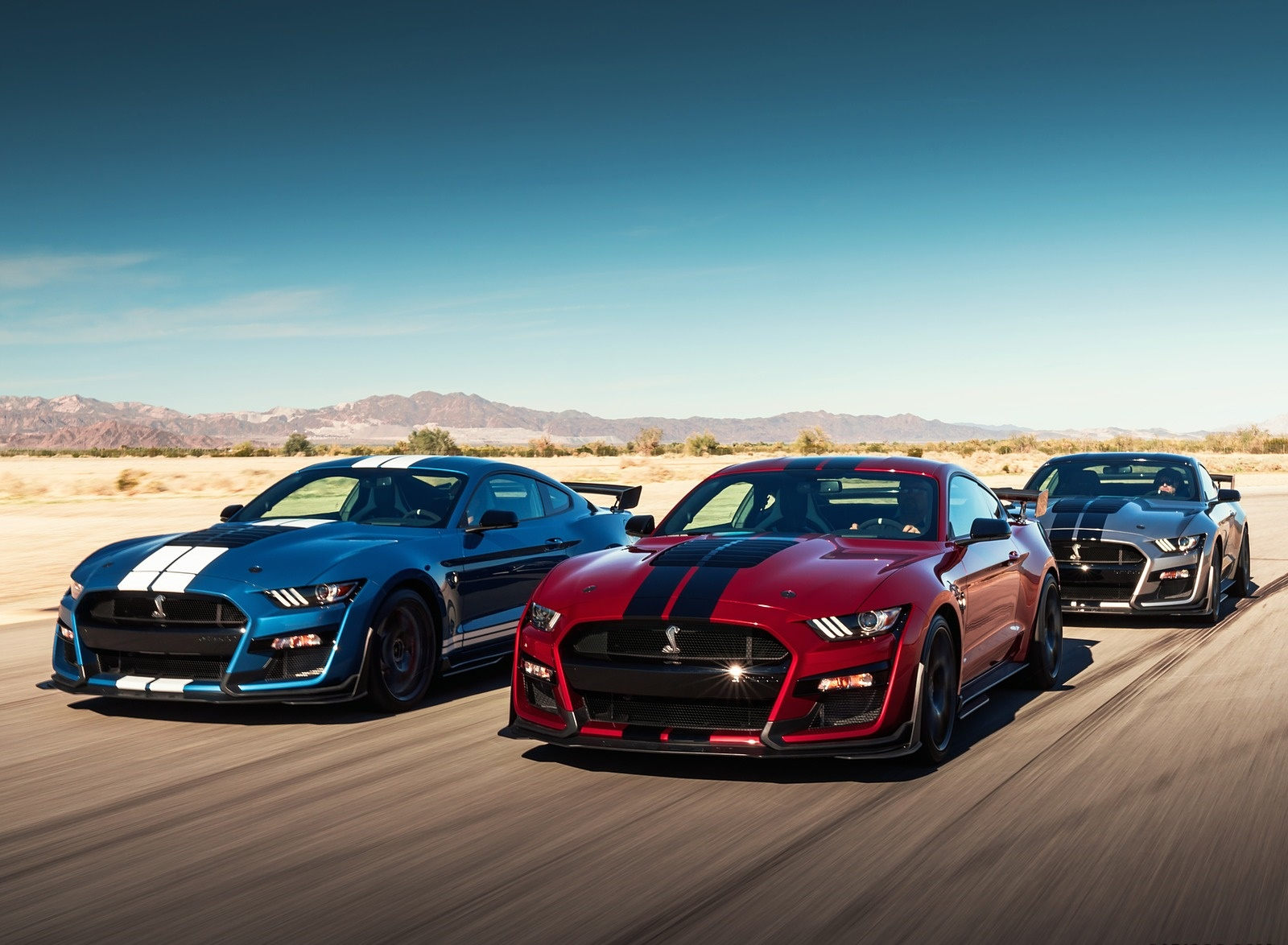 2020 Ford Mustang Shelby GT500 Front Three-Quarter Wallpapers (2)