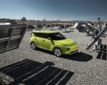2020 Kia Soul EV Side Wallpapers 150x120 (14)