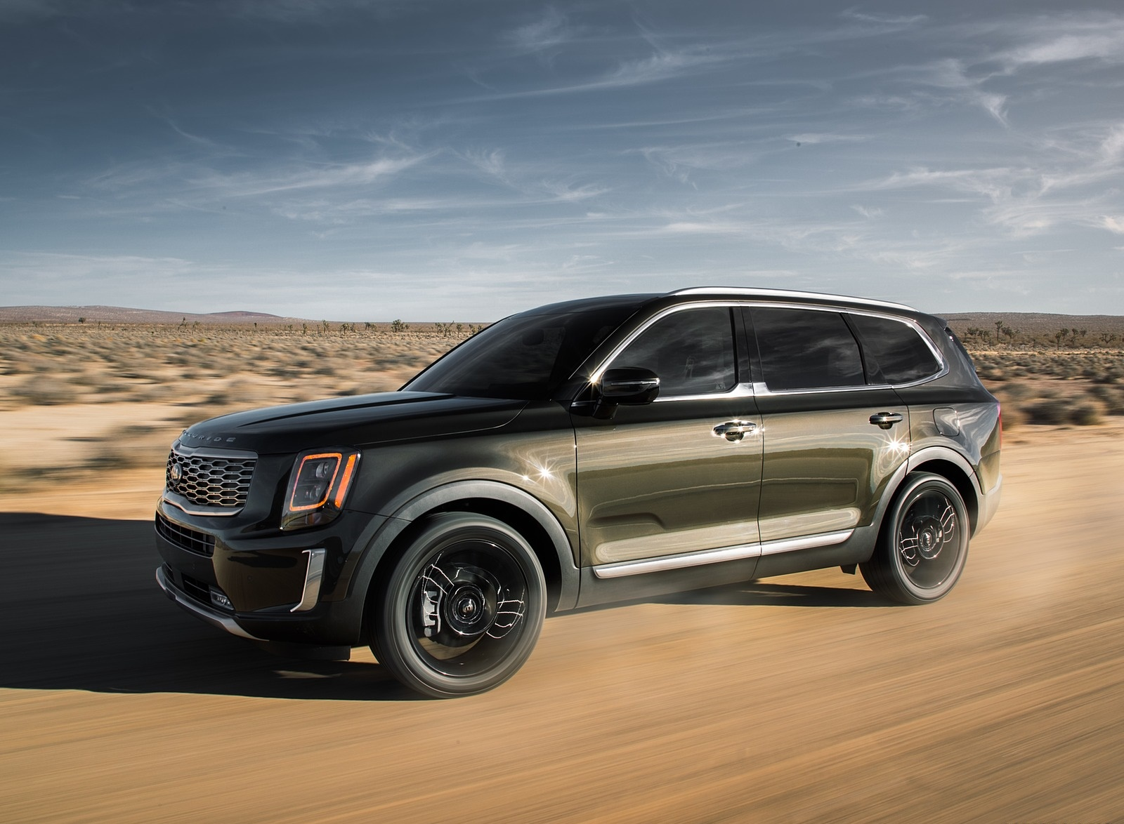 2020 Kia Telluride Front Three-Quarter Wallpapers (9)
