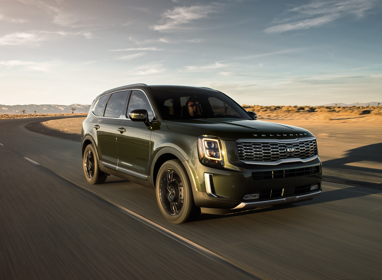 2020 Kia Telluride Front Three-Quarter Wallpapers (1)