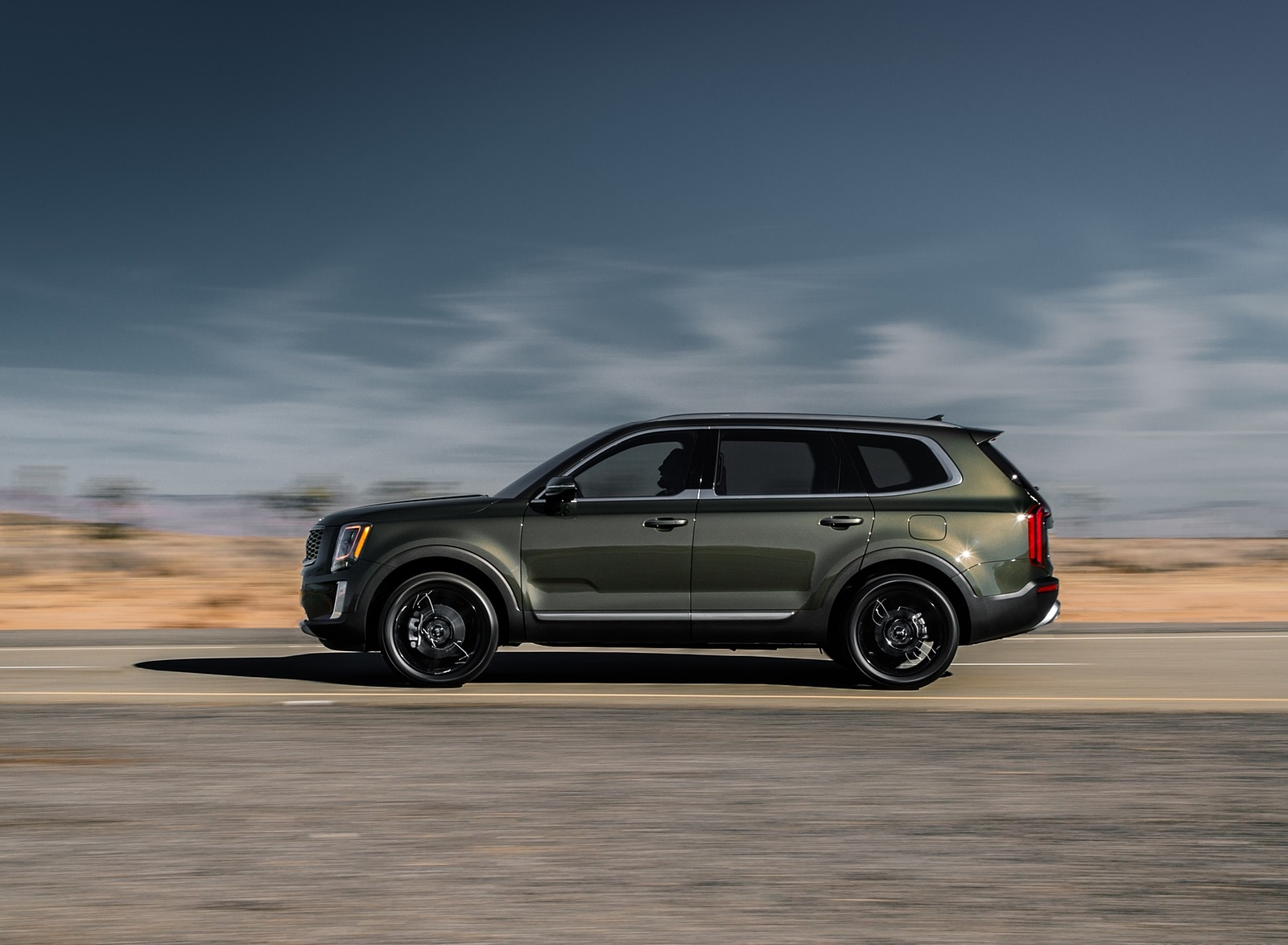 2020 Kia Telluride Side Wallpapers (12)