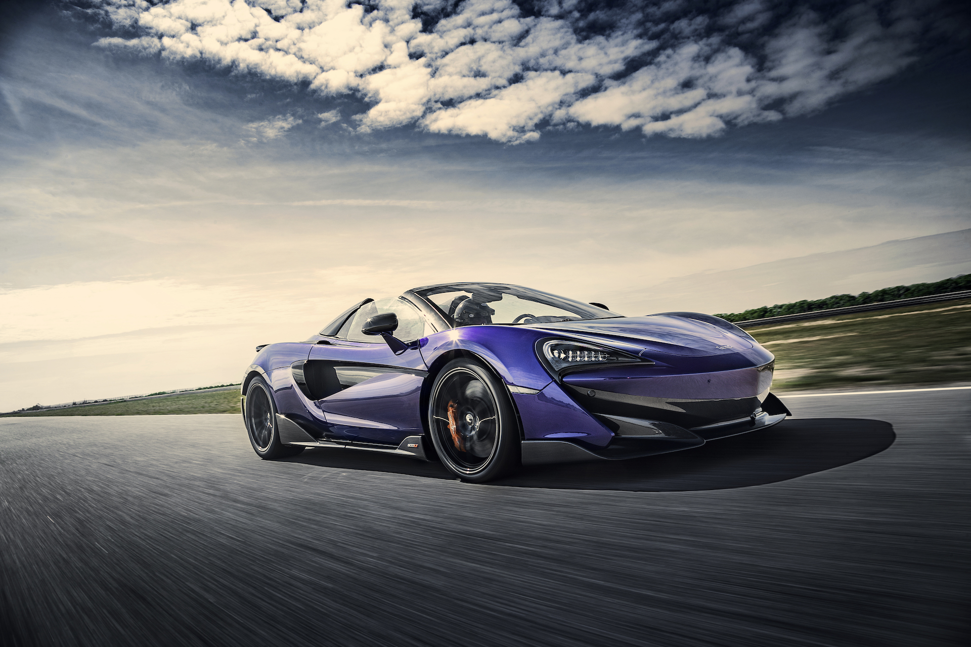 2020 McLaren 600LT Spider (Color: Lantana Purple) Front Three-Quarter Wallpaper (2)