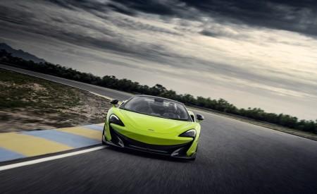 2020 McLaren 600LT Spider (Color: Lime Green) Front Three-Quarter Wallpaper 450x275 (55)