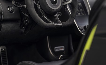 2020 McLaren 600LT Spider (Color: Lime Green) Interior Wallpaper 450x275 (76)