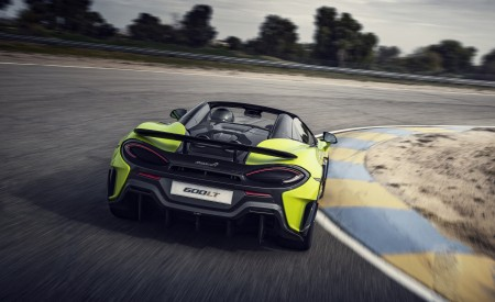 2020 McLaren 600LT Spider (Color: Lime Green) Rear Three-Quarter Wallpapers 450x275 (59)