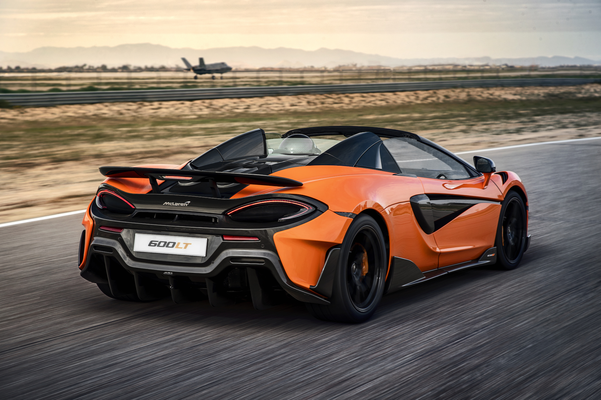 2020 McLaren 600LT Spider Color Myan Orange Rear Three Quarter Wallpaper 2