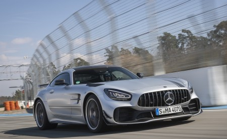 2020 Mercedes-AMG GT R Pro (Color: Designo Iridium Silver magno) Front Three-Quarter Wallpaper 450x275 (2)