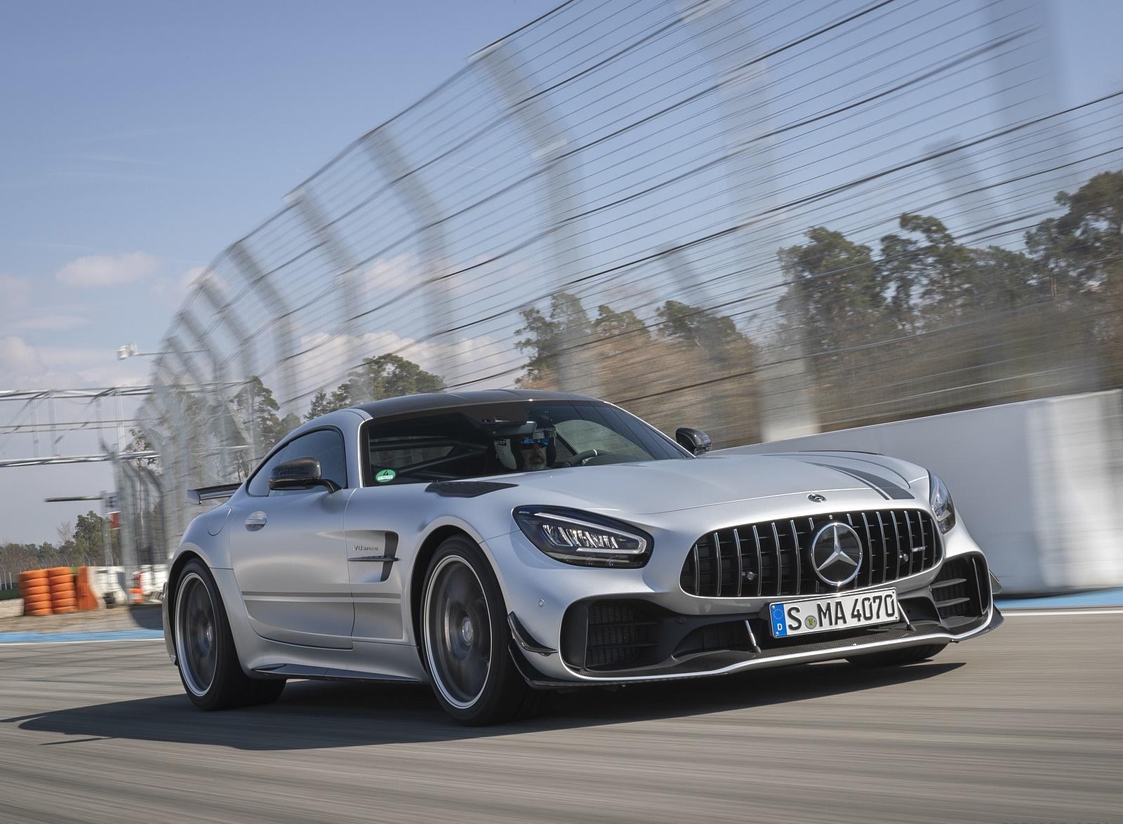 2020 Mercedes-AMG GT R Pro (Color: Designo Iridium Silver magno) Front Three-Quarter Wallpapers (2)
