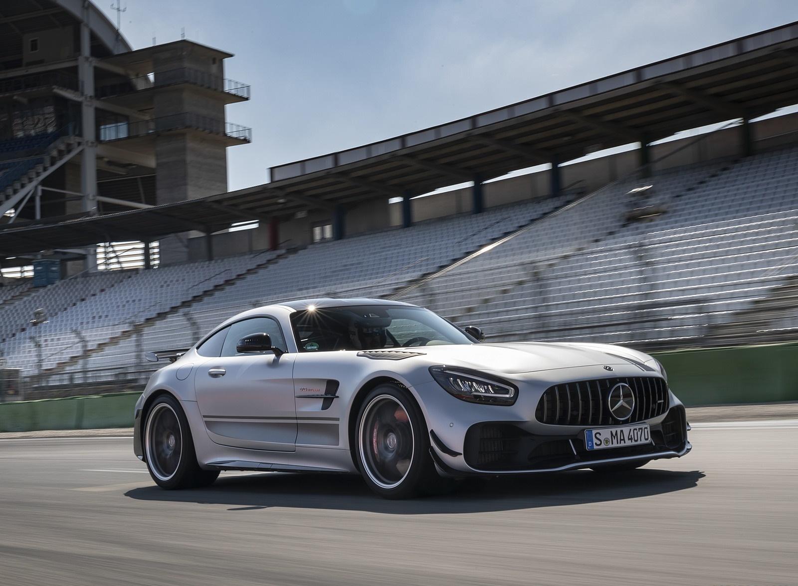 2020 Mercedes-AMG GT R Pro (Color: Designo Iridium Silver magno) Front Three-Quarter Wallpapers (3)